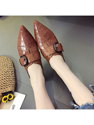 Alligator Pattern Point Toe Flats