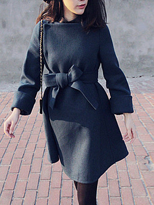 Woolen Plain Belt Pocket Coat