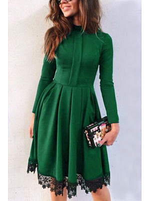 Green Round Neck High Waist Midi Dresses With Lace Details